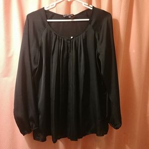 Woman's size Medium pre loved blouse